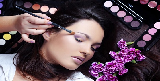 find Style & Makeup  services nearby